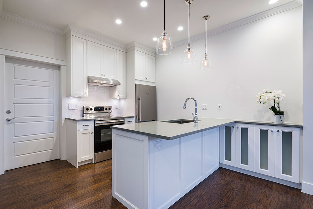 Custom Home accessibility suite kitchen